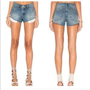 BLANKNYC Little Queenie HiRise Cut Off shorts